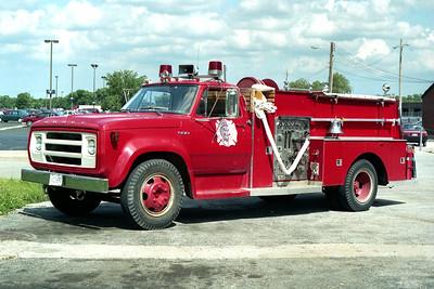 HINES VA HOSPITAL  ENGINE 102  1977 DODGE 600 - SANDERS  750-500