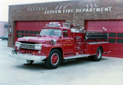 LEYDEN FPD ENG 125  1958 FORD F - DARLEY  1000-750