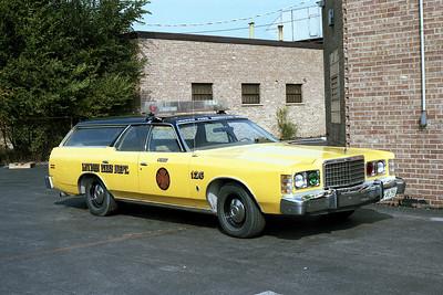 LEYDEN  CAR 126   FORD LTD WAGON