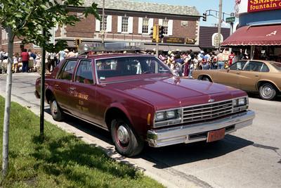 LA GRANGE  CAR 330 OFFICERS SIDE