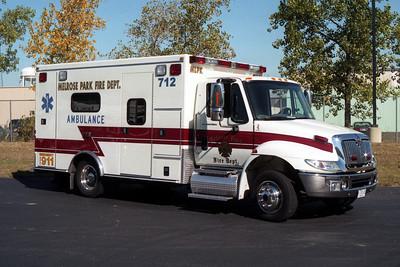 MELROSE PARK AMBULANCE 712  IHC 4300