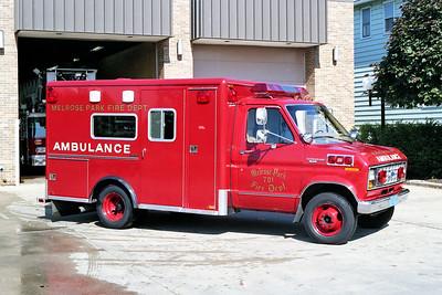 MELROSE PARK  AMBULANCE 701  FORD E -     RED