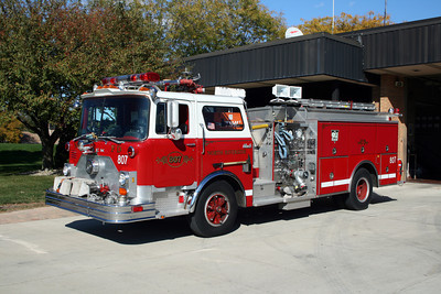 NORTH RIVERSIDE  ENGINE 807  MACK CF