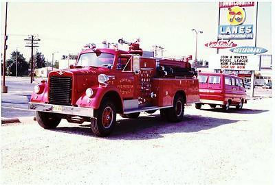 NORTHLAKE  ENGINE 808  1963 IHC - DARLEY  1000-500   PAINTED RED