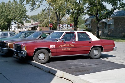 NORWOOD PARK FD  CAR 108  1980  FORD LTD