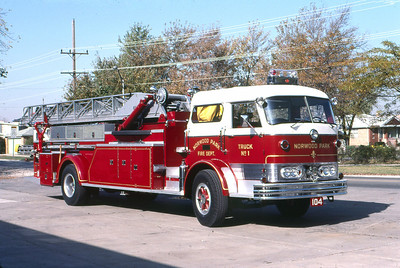 NORWOOD PARK FD  TRUCK 104  1961  MACK C95 - MAXIM   85'  OFFICERS SIDE   SOLD TO EAST TROY FD WI