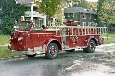 RIVER FOREST FD  ENGINE 223  1947  ALF 700   1000-150   #L-3298