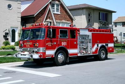 SUMMIT ENGINE 951  X-BEDFORD PARK