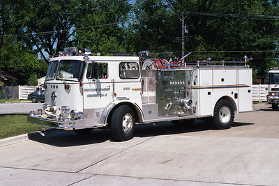 WESTERN SPRINGS ENG 1712  1975 FWD-SEAGRAVE  1250-500   BF
