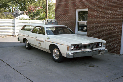 WESTERN SPRINGS  CAR 436  1973 FORD WAGON