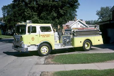 ARLINGTON HEIGHTS FD  ENGINE 411   1976 MACK CF  1000-500    CF686F15-1090