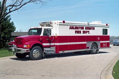 ARLINGTON HEIGHTS FD  SQUAD 2  1992  IHC 4900 - HACKNEY   92F0379