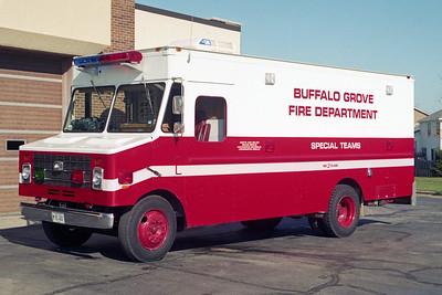 BUFFALO GROVE FD  SQUAD 246 1987  GMC - LYNCH DISPLAY