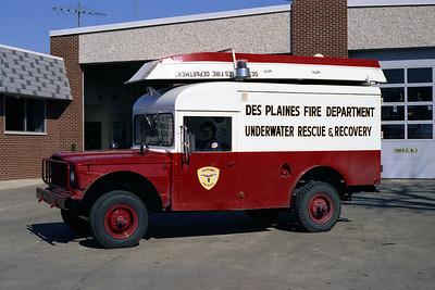 DES PLAINES FD WATER RESCUE  1967  KAISER JEEP