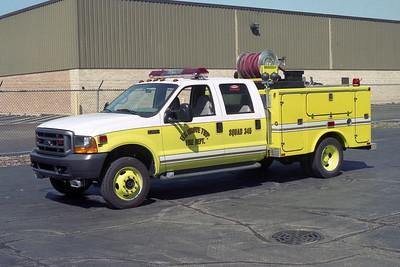 ELK GROVE TOWNSHIP FD  SQUAD 345  1999 FORD F-550 - FIBRE BODY - FD  60-300-20F
