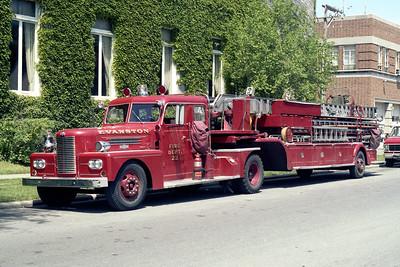 EVANSTON FD TRUCK 22  1964 PIRSCH  100'
