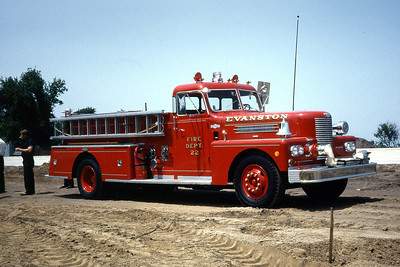 EVANSTON ENGINE 22  1970 PIRSCH  1000-  OFFICERS SIDE