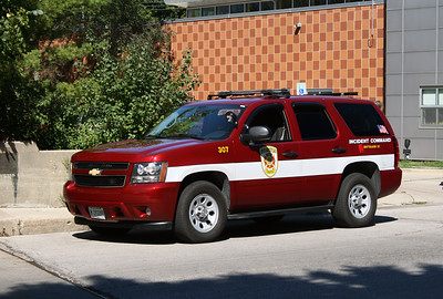 EVANSTON  SHIFT COMMANDER  CHEVY SUBURBAN