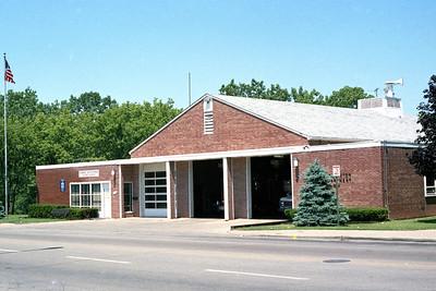 EVANSTON STATION 23  OLDER BUILDING