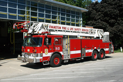 EVANSTON  TRUCK 21R  PIERCE ARROW 105'