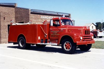 HANOVER PARK  TANKER 365  1962 IHC R190 - BOYER  250-1000   #11796