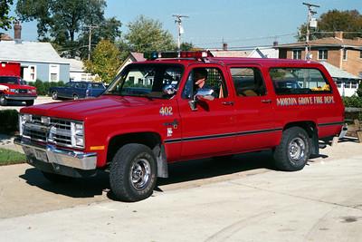 MORTON GROVE  CAR 402 1988 CHEVY SUBURBAN