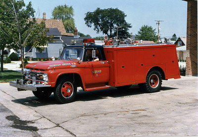 MORTON GROVE FIRE DEPARTMENT SQUAD 4  1965 FORD  MARION