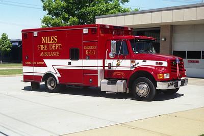 NILES FD  AMB 2  1997 IHC 4700-ROAD RESCUE  BF