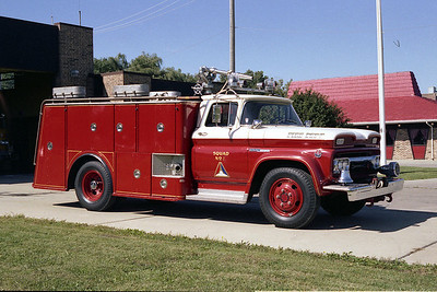 NILES FD  SQD 439   1960 GMC-UNION BODY   JUST AFTER ELMHURST BOUGHT THE VEHICLE    BF