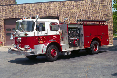 PALATINE RURAL FPD  ENGINE 3513  SEAGRAVE-PIERCE