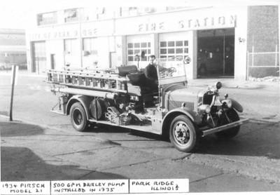 PARK RIDGE FD ENG. 1934 PIRSCH 500/0  #796  DAN MARTIN PHOTO / BILL FRIEDRICH COLLECTION