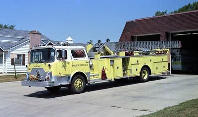 PARK RIDGE FD  TRUCK 45  1974  MACK CF685 - PIRSCH   1250-200-100'   CF686FC-1646 -  #PM-26