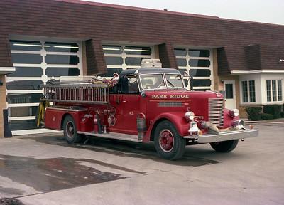 PARK RIDGE FD  ENG 43  1955  PIRSCH  1000-500   BF
