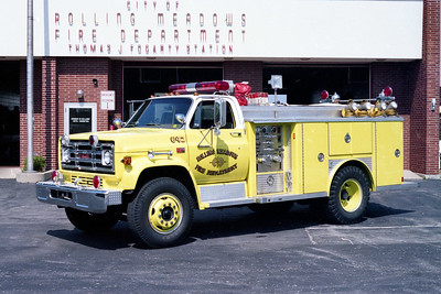 ROLLING MEADOWS FD  SQUAD 642  1981  GMC 4X4 - E-ONE   250-500   #1982 (2)