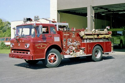 ROLLING MEADOWS FD  ENGINE 610  1958  FORD C - ALFCO   750-500