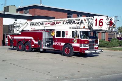 SKOKIE  TOWER 16  1995 PIERCE LANCE  1500-200-100' PAP  OFFICERS SIDE