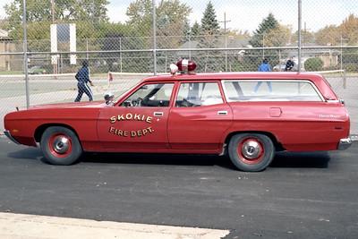 SKOKIE  CAR  FORD RANCH WAGON