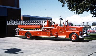 SKOKIE TRUCK 2  1964 PIRSCH  85'   OFFICERS SIDE   RON HEAL PHOTO