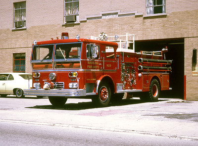 WHEELING FD  ENGINE 19   1969 WLF  1250-500  COMMAND TOWER    RON HEAL PHOTO