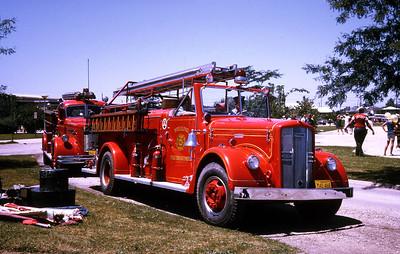 WHEELING FD  ENGINE 3  1956  WLF FIRE BALL   750-500   #3926   RON HEAL PHOTO