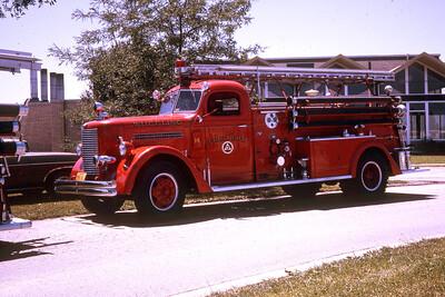 WHEELING FD  ENGINE 691  1948 PIRSCH 41  500-750   #1790     RON HEAL PHOTO