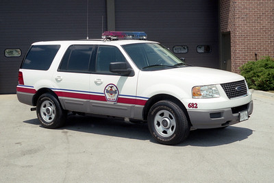 WHEELING FD  CAR 682  2003  FORD EXPEDITION