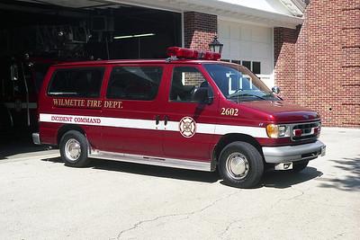 WILMETTE FD CAR 2602  1998 FORD ECONOLINE-FD  BF