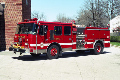 WILMETTE FD  ENG 26R  1989 E-ONE CYCLONE  1250-500   BF