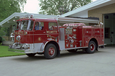 WILMETTE FD  ENG 206  1966 SEAGRAVE  1000-300  BF