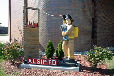 ALSIP FD  OUTSIDE DISPLAY AT FIRE STATION 1