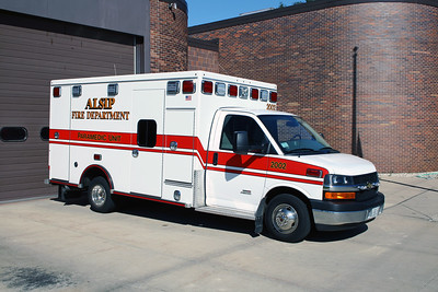ALSIP FD  AMBULANCE 2002  2014  CHEVY EXPRESS 4500 - ROAD RESCUE   R333014