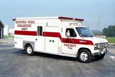 BEDFORD PARK FD  AMBULANCE 714  1985  FORD E-350 - MOBILE MED