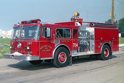BEDFORD PARK FD  ENGINE 704 1981  SEAGRAVE WB - PIERCE   1500-500   PIERCE REHAB