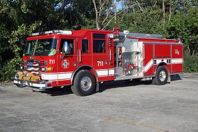 BEDFORD PARK FD  ENGINE 711  2006  PIERCE DASH   2000-750    17886